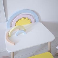 Kindertisch Regenbogen