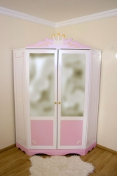 Eckschrank rosa-weiß Kutsche